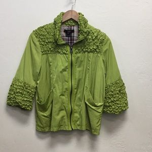 Gorgeous green jacket by LUII 😎😍🎀